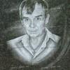 Портрет мужчины с нательным крестиком